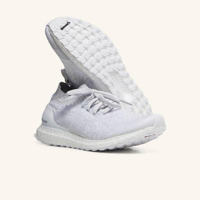 特價 現貨 adidas ultra boost uncaged 全白 US10 慢跑鞋