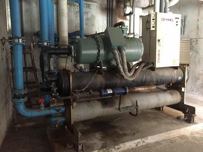 嚴選二手中古冰水主機100噸  適用空調、冷卻、降溫、熱泵