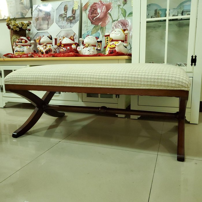 美生活館 新古典風格 米色系 緹花布 X 造型實木腳 長沙發椅 床尾椅 也可當茶几使用 店面客人等候試鞋凳僅有一只現貨