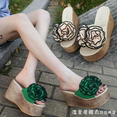 拖鞋女夏外穿2019新款時尚坡跟高跟一字拖鞋厚底防滑花朵沙灘涼拖