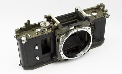 【優品屋】~【二手】9472 佳能 CANON FD 新 NEW F-1 F1 膠片 相機 機身 骨架
