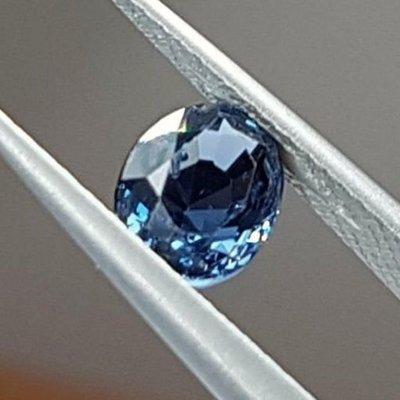 揚邵一品錫蘭鈷尖晶石(附國內證書)1.39克拉 正錫蘭(斯里蘭卡)天然無燒鈷尖晶石 VS等級  收藏等級 孔雀藍之美