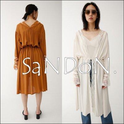 SaNDoN x『MOUSSY』夏季單品 蕾絲拷邊喇叭袖V領綁帶罩衫外套 SNIDEL 韓妮 180521