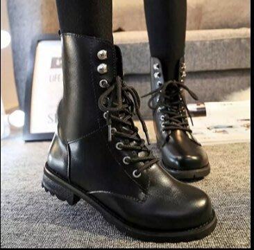 韓國連線 春秋新款英倫馬丁靴短靴軍靴平底靴單靴粗跟女靴子舒適短筒女鞋子 , 黑色, 加大码42碼 新北市
