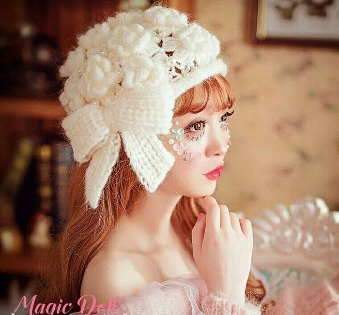 粉紅玫瑰精品屋~森女風淑珍珠花朵毛線針織貝雷帽~