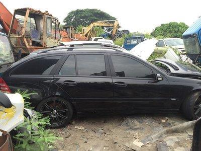 埔心汽車材料 報廢車 Mercedes Benz 賓士 C200KT 2.0 W203 2003 零件車 拆賣