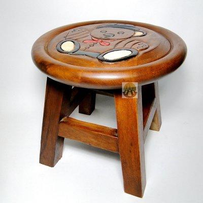 領結小熊泰國實木小座椅DSC01380