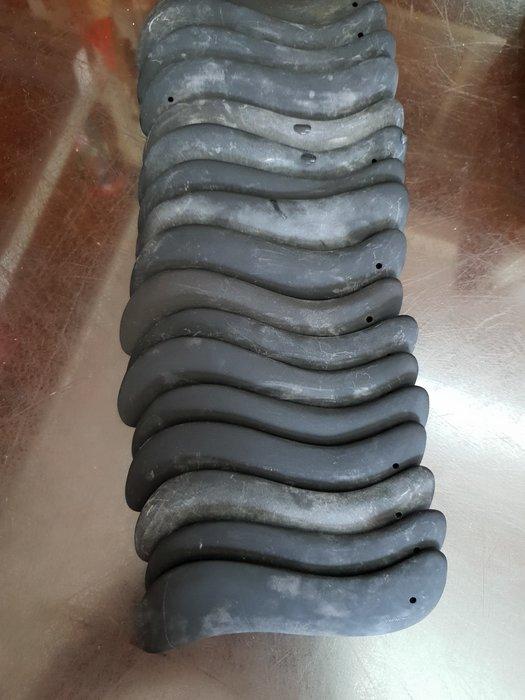 天然泗濱砭石刮痧板刮痧棒 S形美容刮痧板臉部肩頸 開運刮痧能量石【東大開運館】