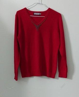 (搬家大出清)頂級品牌Alpas Cashmere純Cashmere正紅色長袖羊絨衣衫/針織毛衣。意大利款式設計,V領縫珠有彈性,尺寸F碼夏姿agnes jil