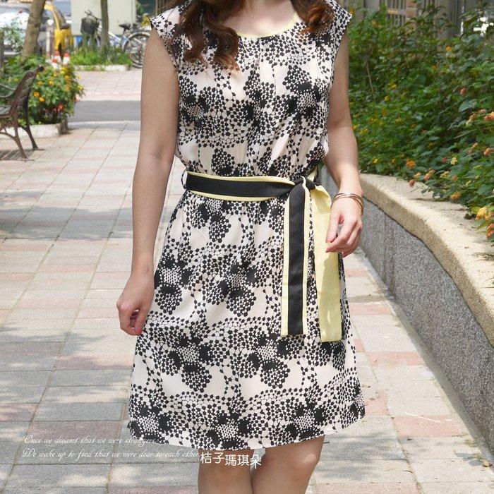 正韓 韓國連線 放射點點花洋裝 鬆緊腰 附雙面腰帶~桔子瑪琪朵