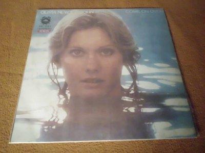 【杜比唱片】 黑膠唱片~ OLIVIA NEWTON-JOHN // COME ON OVER   *** LP ***