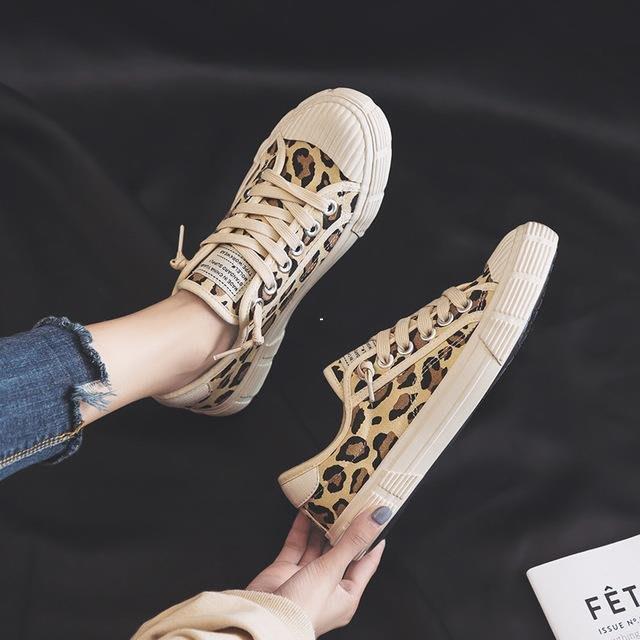 發發潮流服飾遠步豹紋帆布鞋女2019新款chic運動板鞋正韓學生原宿ulzzang布鞋