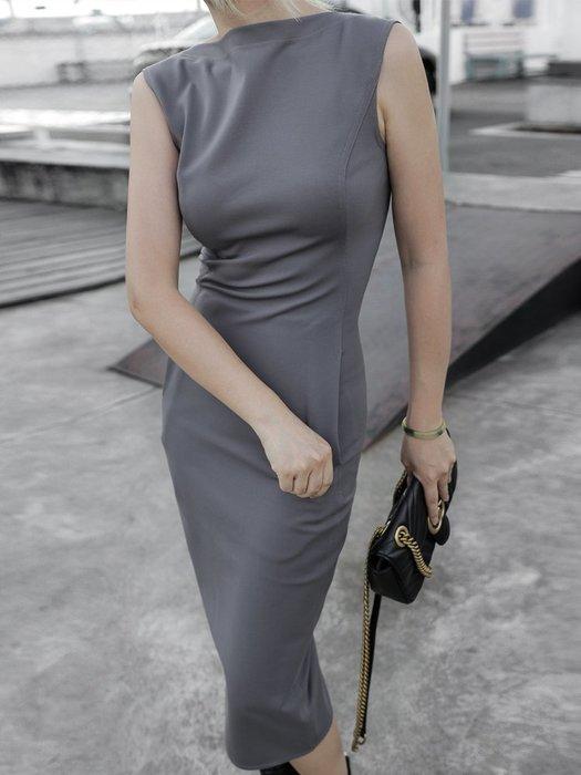 【鈷藍家】小眾品牌獨立設計一字領心機露背無袖修身連身裙 歐美X型裁剪燕尾一步裙洋裝 凹凸有致 z