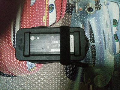 LG AC Adaptor Notebook火牛19VDC 3.5A圓形無針插頭輸出