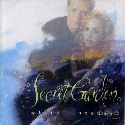 【進口版】月光下的小白石 White Stones / 祕密花園 Secret Garden---5346052