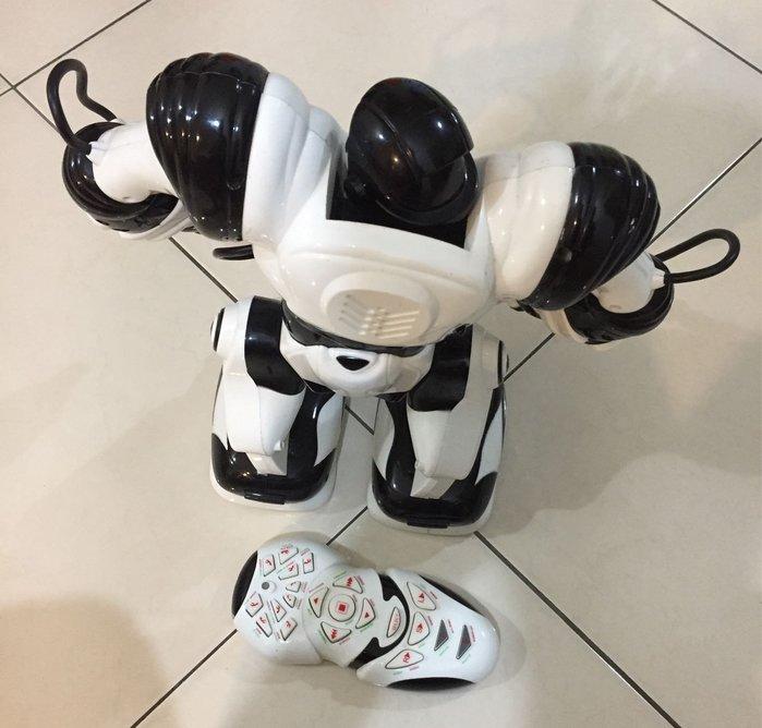 高科技智能機器人遙控玩具卡爾文羅本艾特  男孩禮物 兒童禮物