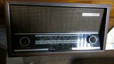 TELEFUNKEN 四波段收音機 JUBILATE 201 德律風根 早期收音機
