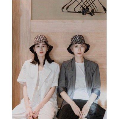 Dior 雙面題花漁夫帽 休閒 百搭 漁夫帽