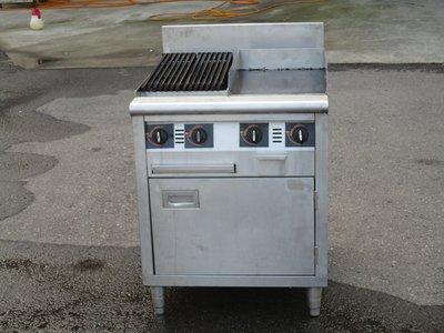 鑫忠廚房設備-餐養設備:二手西餐炭烤美式牛排煎板爐(左烤右煎)-賣場有水槽-工作臺-西餐爐-烤箱