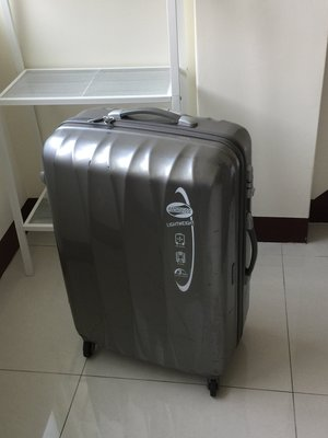 American Tourister美國旅行者Samsonite新秀麗28吋香檳金ABS密碼鎖行李箱72*52*30cm