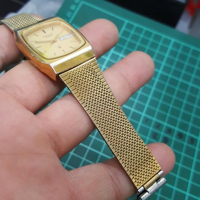<行走中>TELUX 男錶 有日期顯示 隨便賣 石英錶 非 EAT OMEGA ROLEX IWC SEIKO RADO lv B03