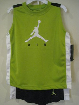 Jordan 男童運動服 4T