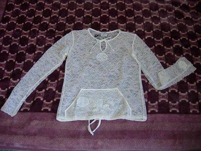 全新 CHANEL非常細緻別緻的手工蕾絲衣裳 / Cariter皮夾(已售) /法國製外套+背心