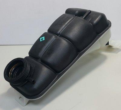 BENZ W210 1996-2002 水箱 副水桶 備水桶 副水箱 (塑膠蓋用) (賓士原廠貨) 2105000549