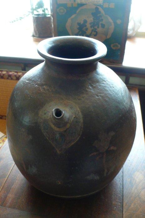 十八世紀日本江戶時期老酒甕--獨一無二博物館級