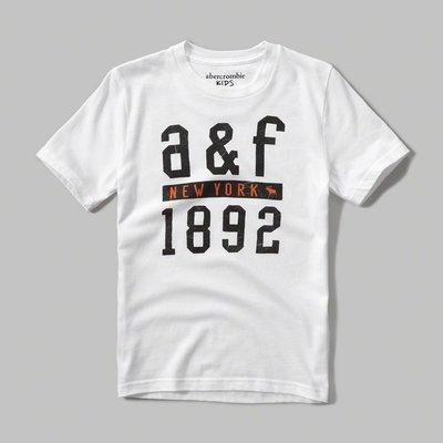【abercrombie kids】【a&f】af男童短袖T恤印黑大字1892橘小字鹿白 F09160617-26 台南市