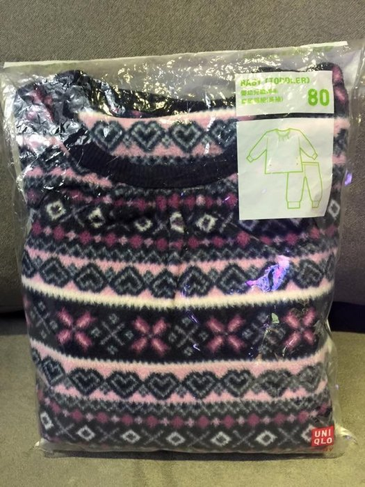 ☀APPLE SHOP☀ UNIQLO 嬰幼兒刷毛家居服套裝(紫色圖騰) 尺寸:80cm