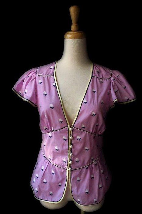 *Beauty*MARC JACOB粉紫色珍珠扣荷葉襯衫 0  號  8000    元