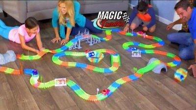 【NF124 電動螢光軌道車】magic tracks DIY 電動兒童玩具汽車 DIY拼裝套裝 兒童軌道車