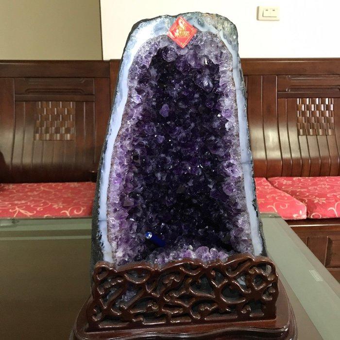 LUCKY120-ESP最高等級巴西紫晶洞大角紫洞特深18公分超紫肚大納財稀有精品