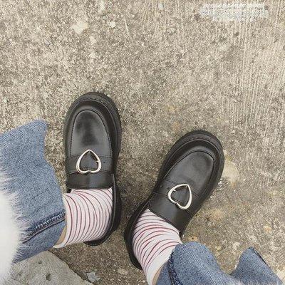 娃娃鞋春秋日繫原宿軟妹少女愛心搭扣低跟學生圓頭小皮鞋娃娃鞋