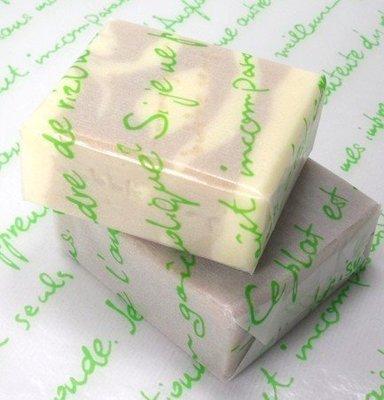 綠色字母餅乾襯墊包裝紙 油紙25*35cm10入30元,蛋糕紙,糖果紙 麵包紙 烘焙 餅乾 手工皂 包裝紙~幸福生活館