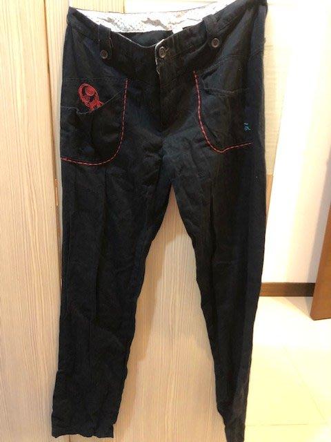 小花別針、專櫃品牌【a la sha】可愛阿財黑藍色長褲