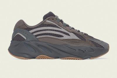 沃皮斯§Adidas Yeezy BOOST 700 V2