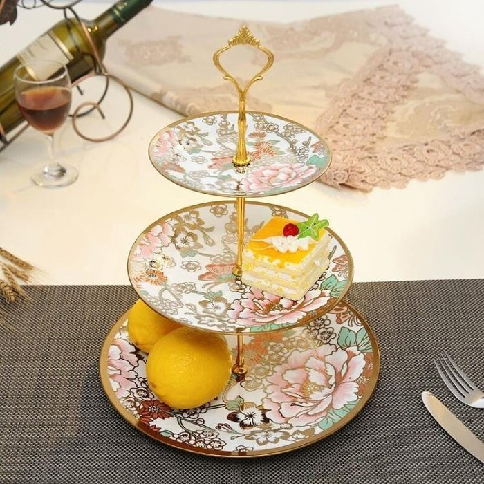 【易生發生活館】歐式陶瓷水果盤客廳創意現代家用下午茶點心架玻璃蛋糕三層托盤子yi