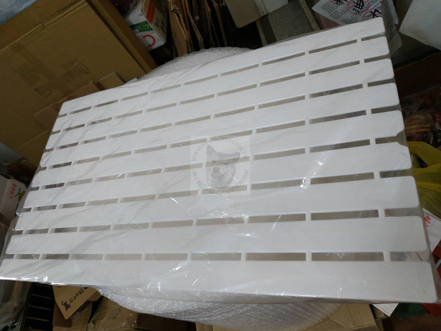 皇冠 ACEPET 塑膠底墊 腳踏墊 籠內足浴板(適 743兔籠)#846-1,換洗購2件470元