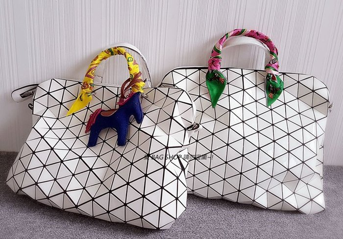 愛 BAG SHOP 韓包專賣 WHOSBAG 韓國連線 [桃紅款] 愛馬仕 風格 高質感 真絲 包包綁巾 300 現貨