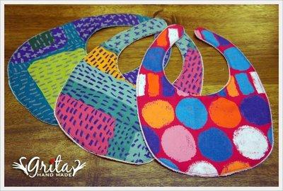 ♥gritas handmade♥純棉手作嬰幼兒圍兜兜/領巾/口水巾/三角巾/彌月禮—蠟筆塗鴉風