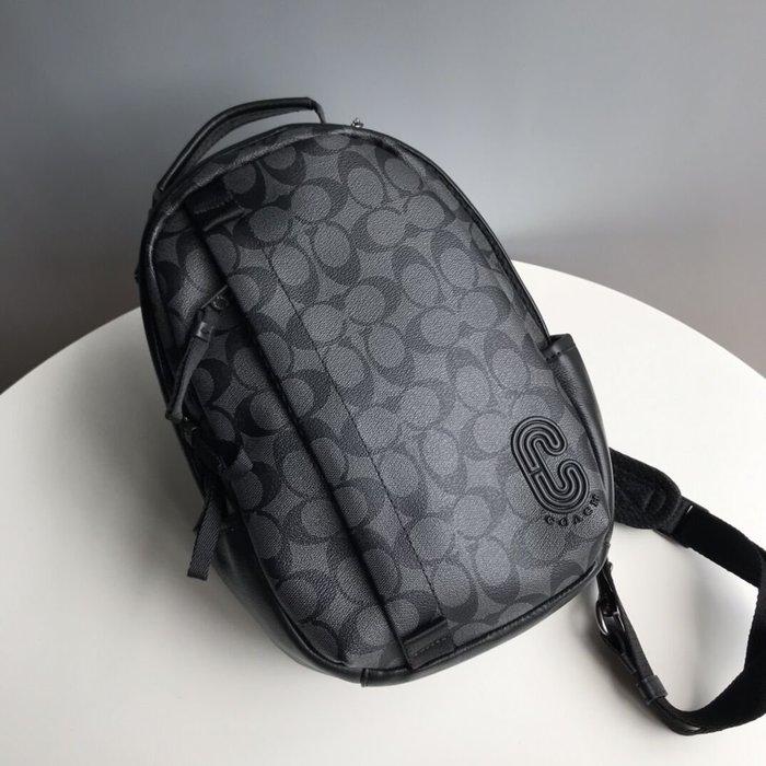 美國名品折扣店~ 特賣 COACH 89909 新款多功能單肩男背包 胸包 單肩斜跨包 書包