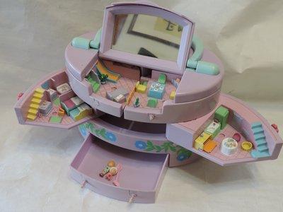 丁香之家-- 老件 玩具屋.