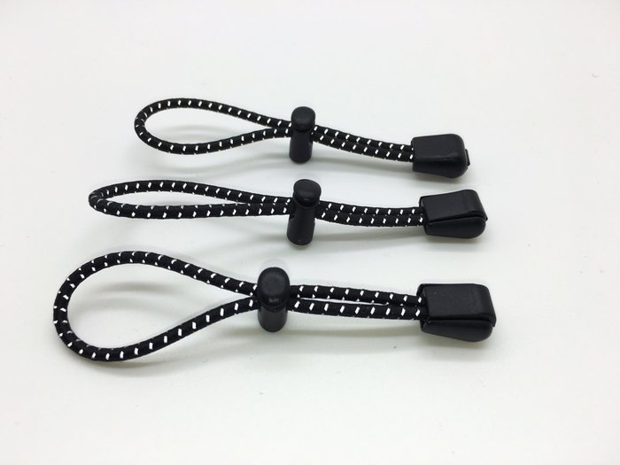 FINISHER-可在水壺腰包或腰帶加掛.活動式,能量膠固定,反光彈性帶乙條.