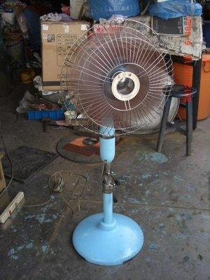 順風 16吋鐵殼三節(白鐵)古董電扇