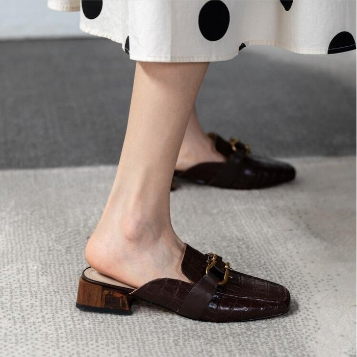 『Alice❤愛麗絲』春夏季新款包頭半拖鞋外穿女涼鞋真皮石頭紋牛皮時尚潮鞋