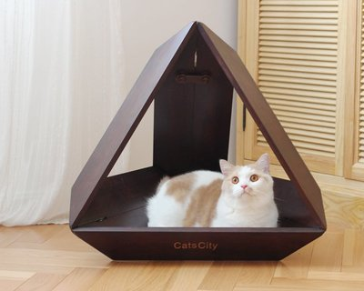 家裡的小怪獸   CATSCITY原創設計科幻喵星人三角形太空艙貓窩竹木制貓床送墊子