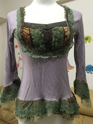 淡紫色 蓮藕色 蕾絲邊 綠網紗 咖啡底配色 花邊 棉布料 薄長袖 T恤 上衣 蕾絲袖