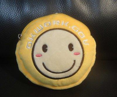 《台北人力銀行》Q版微笑公仔票卡套零錢包~票卡夾/悠遊卡卡套/證件套/車票夾套/名片夾/伸縮拉夾